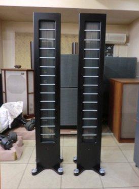 AUDIOSTATICS社のコンデンサ型スピーカー