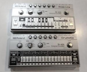 RolandのTB-303とTR-606