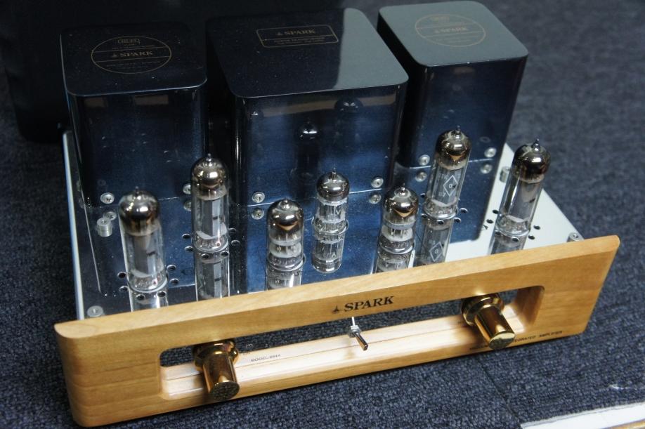 SPARKの真空管アンプ