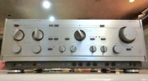 LUXMANのプリメインアンプL-550